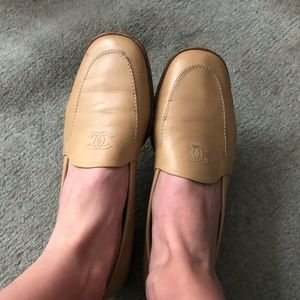 CHANEL Camel Loafers Flats size 39 9CLASSIC LUXURY